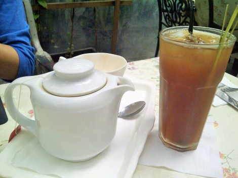 Hot Tea and Lemongrass Tea