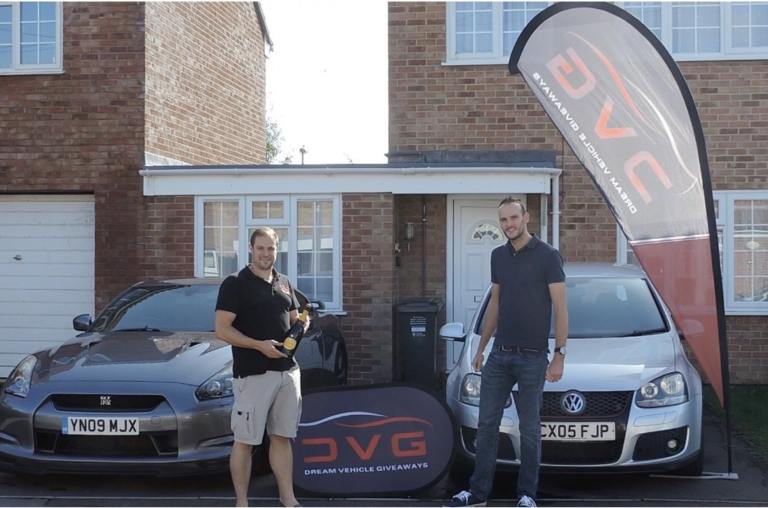 Here is Glen Jackson from Hull a DVG winner of our VW Golf Mk5 with ticket No. 408 on 22.09.19