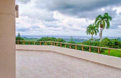 Ocean view balcony octagon - 29