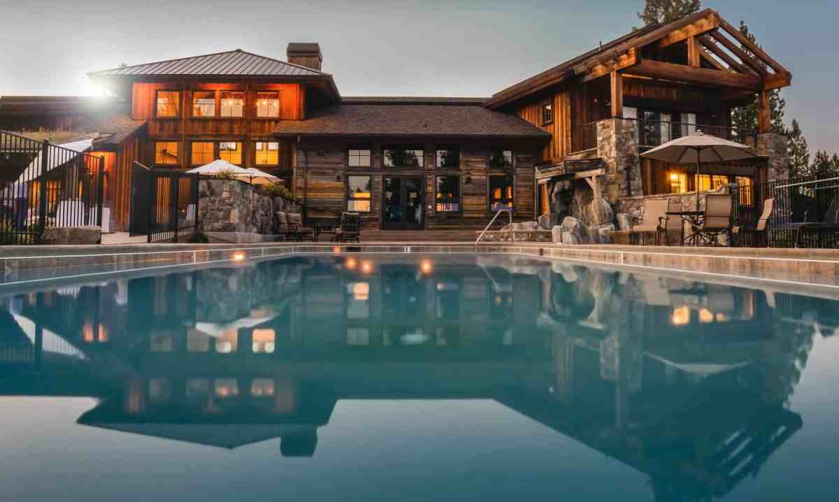 house luxury villa swimming pool