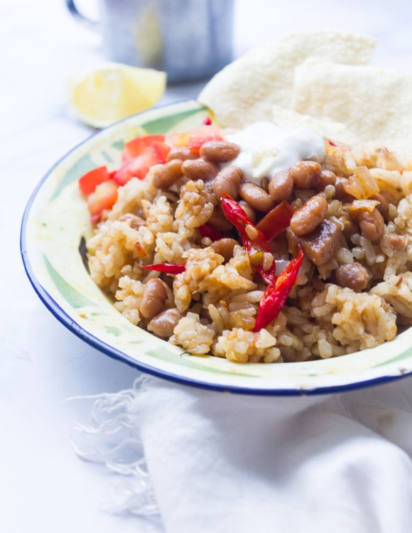 Middle Eastern Rice with Beans and Tomato