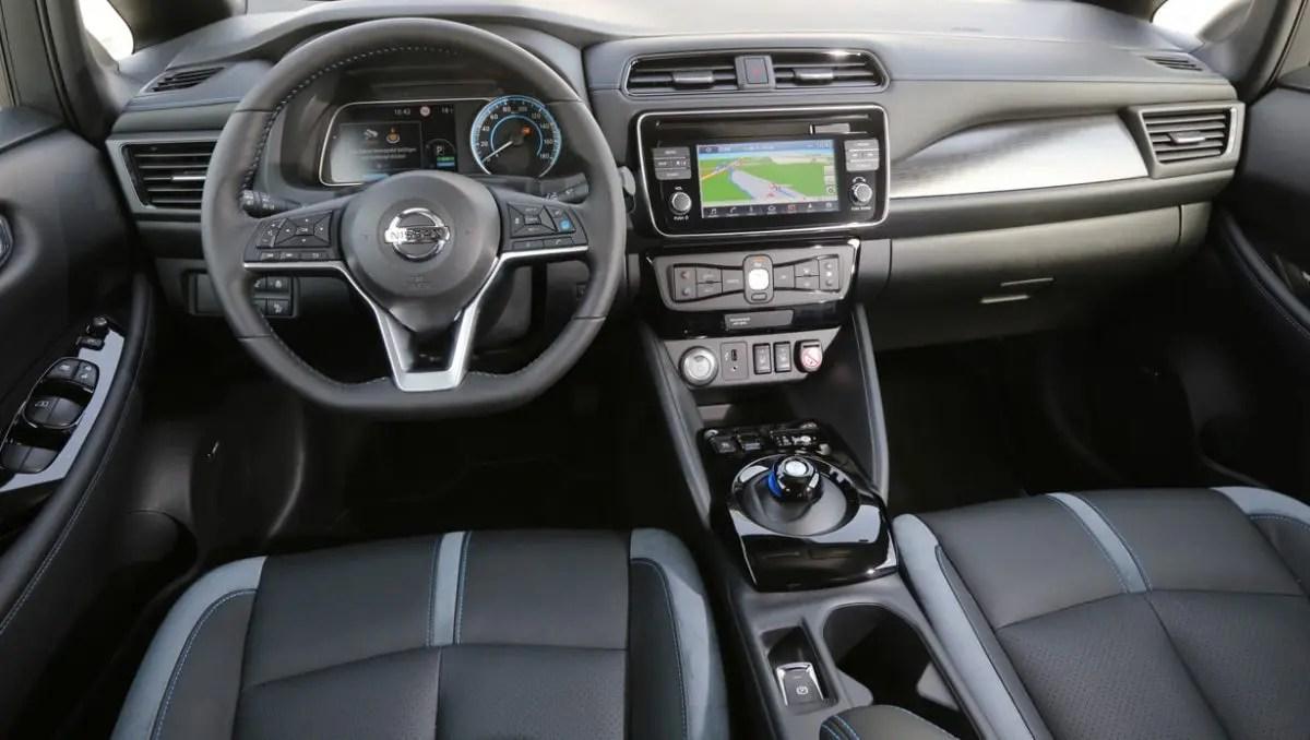 Nissan Leaf Innen Lenkrad