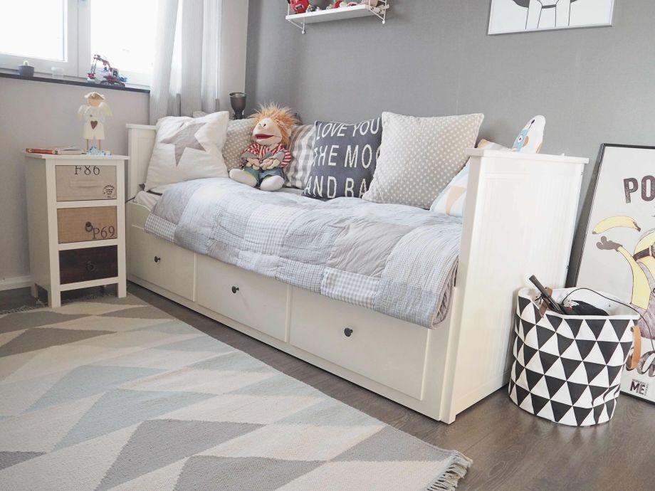 ikea d sseldorf kinderzimmer. Black Bedroom Furniture Sets. Home Design Ideas