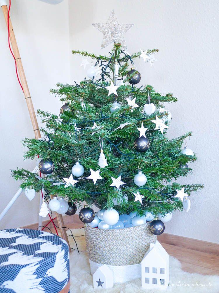 Mein Glück hängt nicht an Weihnachtskugeln...ein Weihnachtsbaum für den Neuanfang!