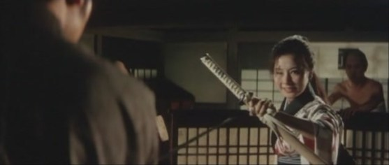 Lady Sazen (Michiyo Ookusu) dans Lady Sazen and the Drenched Shallow Sword