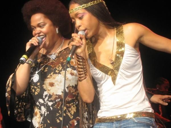Erykah Badu and Jill Scott