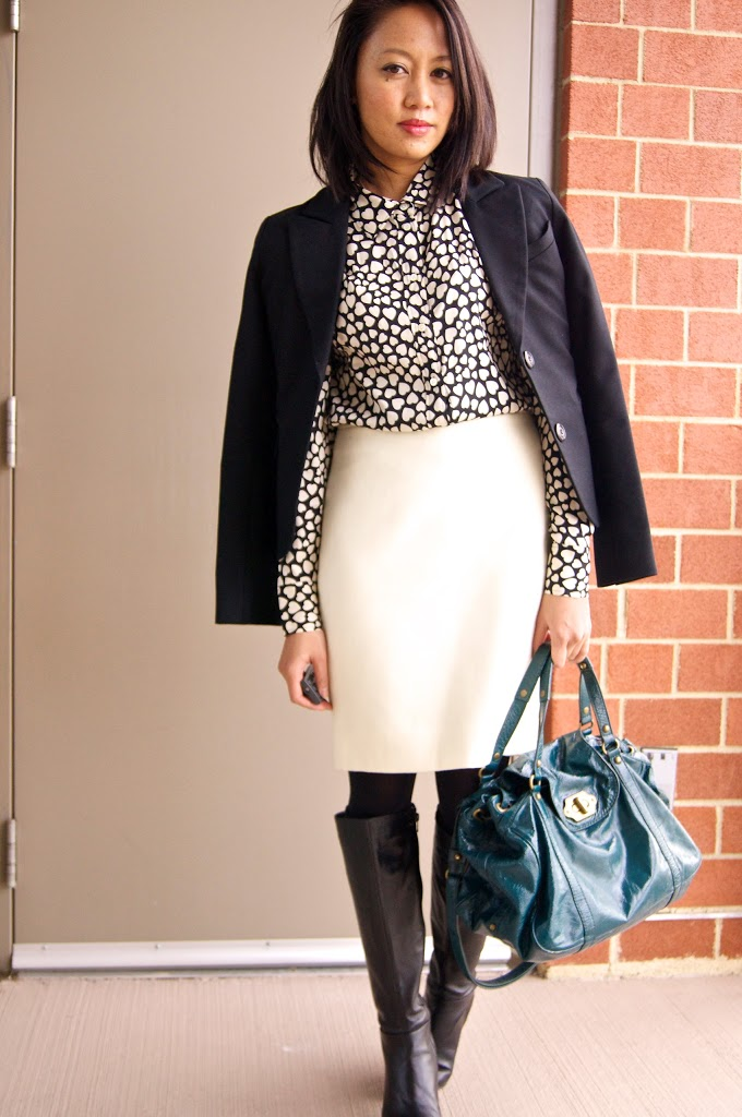 how to wear a white skirt in winter