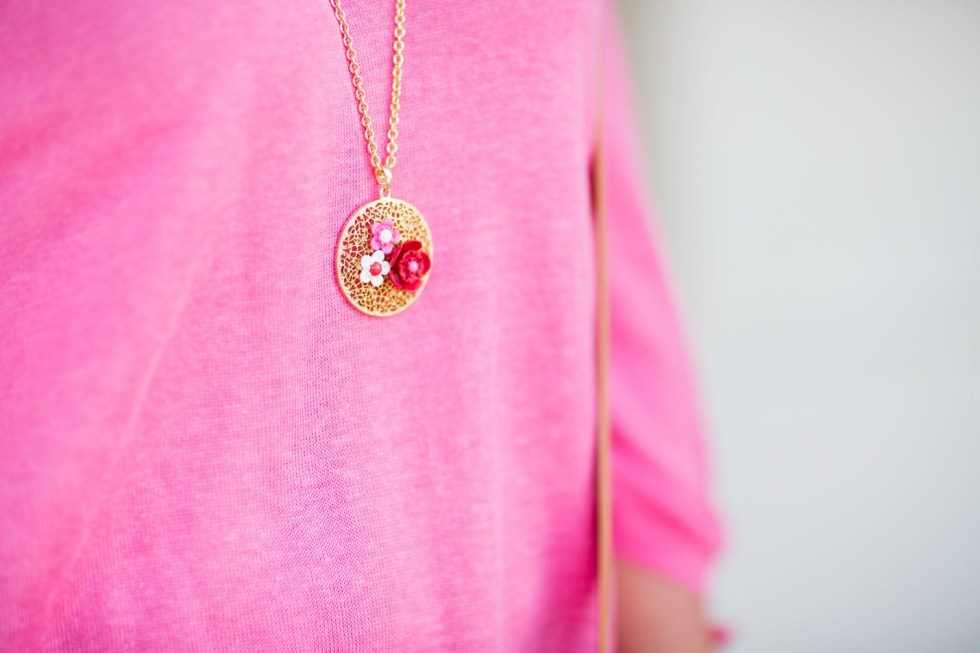 Embroidered-girlfriend-floral-pendant