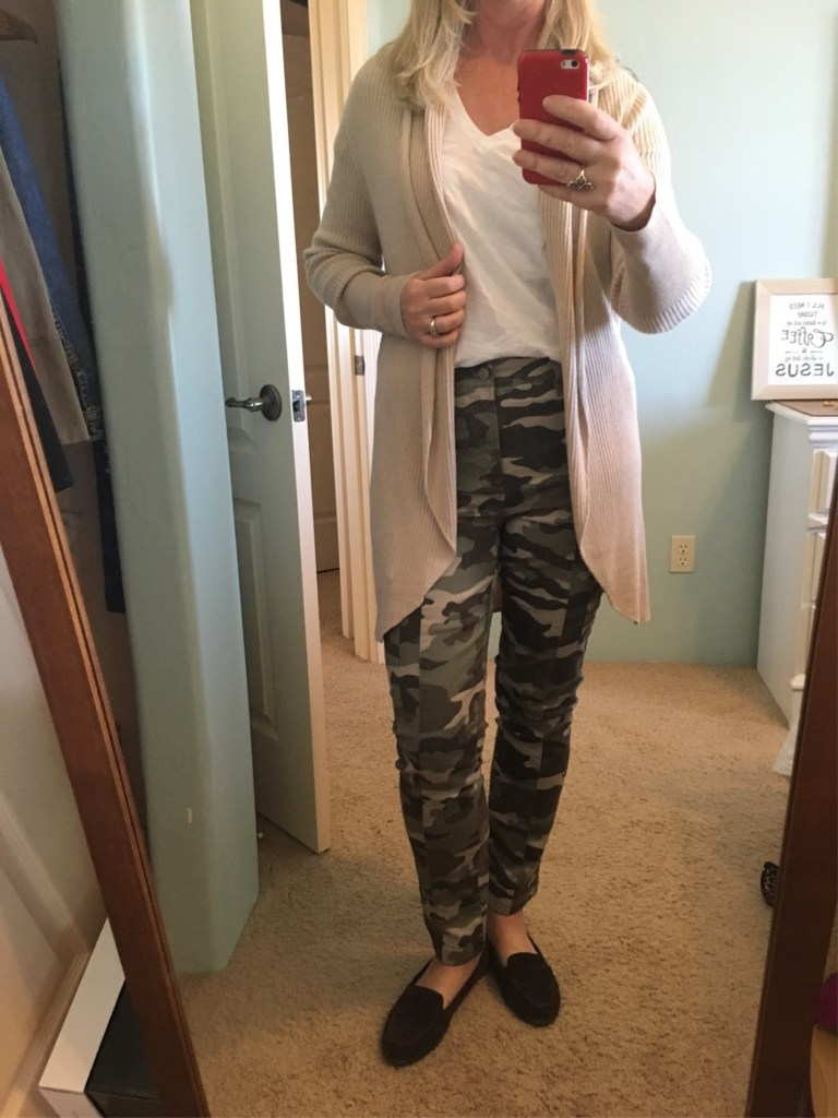 5 Ways to Wear Camo Pants 01