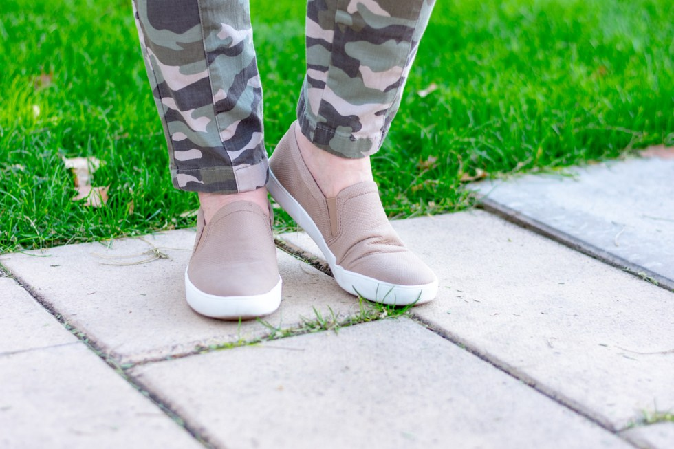 Fresh Casual Look with Camo Pants