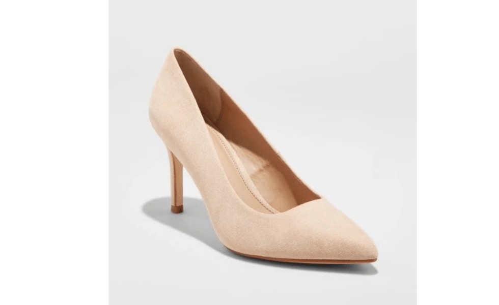 Spring 2019 Wardrobe Essentials Nude Pumps