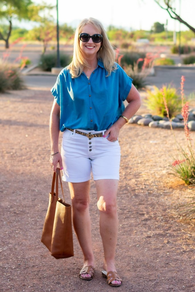 Classic Summer Look with White Jean Shorts