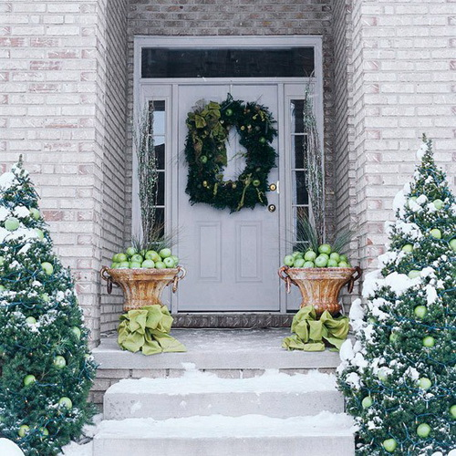 Christmas-Porch-Decorating-Ideas_09.jpg