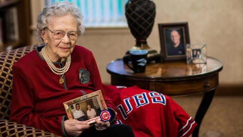 ct-108-year-old-cubs-fan-video_20161026