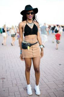 Shanelle Rocked The Fannypack, Which Was In Full Effect At Lolla, Plus The Perfect, Often-overlooked Accessory: A Fresh Pair Of White Chucks.