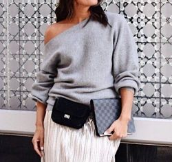 "When It's A ""thing"" But You're Not Really A Fan(ny) Not Ready To Embrace The #fannypack Trend Just Yet, But I'm Willing To Convert A Quilted Mini Shoulder Bag Into One From Time To Time Also, I May Or May Not Rock It On Our Next Trip (because Hands Free Sh"