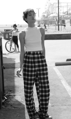 If femenine is not your style, these outfits are what you were looking for (02)