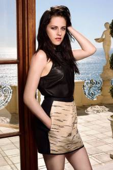Kristen Stewart in a Gorgeous Fashion - 035 | Fashion DressFitMe