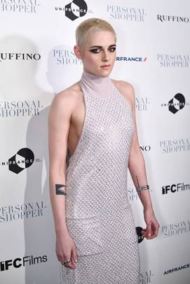 Kristen Stewart in a Gorgeous Fashion - 076 | Fashion DressFitMe
