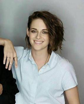 Kristen Stewart in a Gorgeous Fashion - 144 | Fashion DressFitMe