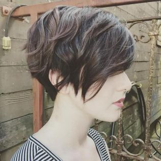 Pixie haircuts for women (15)