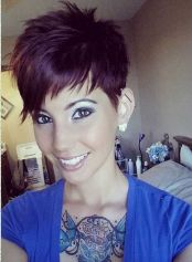 Pixie haircuts for women (50)