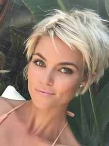 Pixie haircuts for women (59)