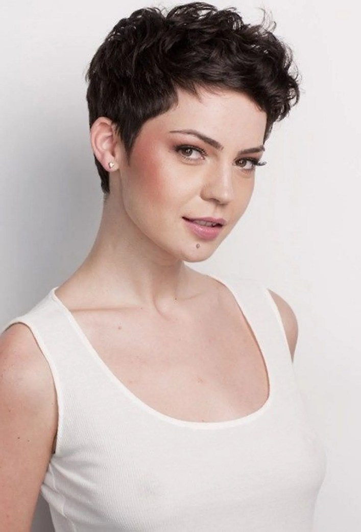 Pixie haircuts for women (61)
