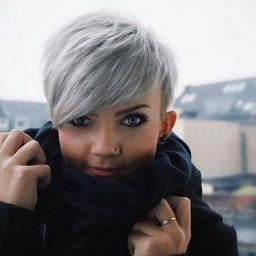 Pixie haircuts for women (64)