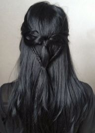 Stunning hairstyles for warm black hair ideas (24)