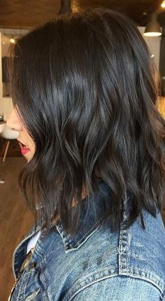 Stunning hairstyles for warm black hair ideas (47)