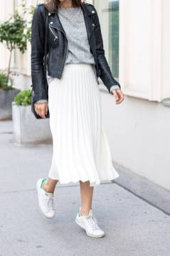 Women's white sneakers outfit 84