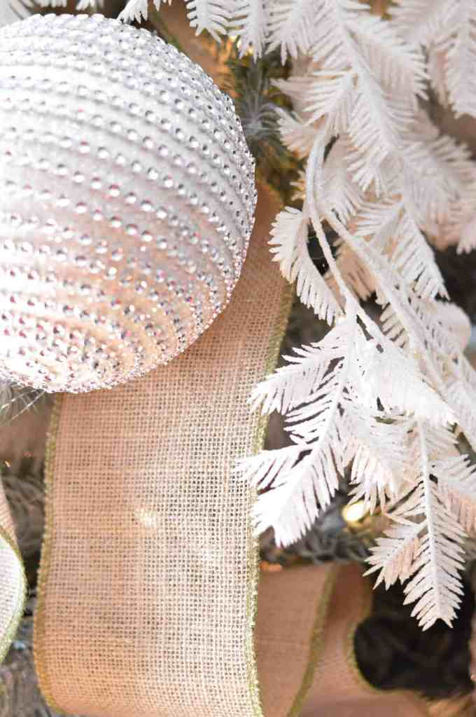 christmas_home_decor_dress_up_buttercup (2 of 13)