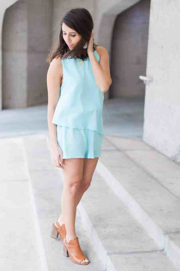 Dress Up Buttercup | Houston Fashion Blog - Dede Raad Pantone with Thrive