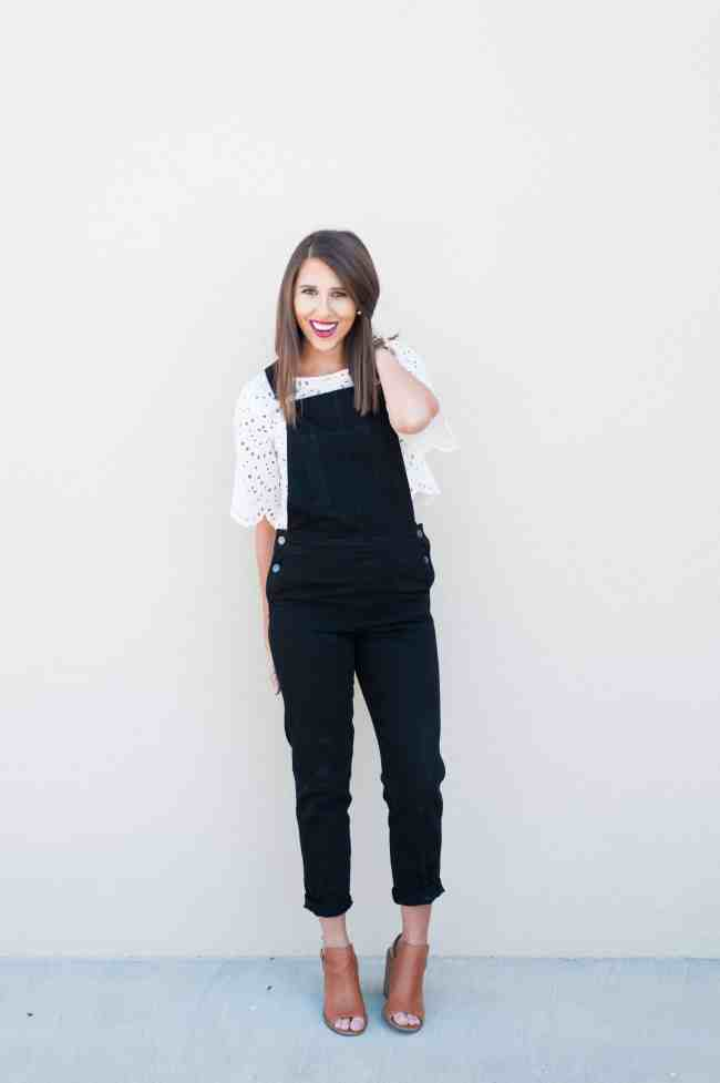 Dress Up Buttercup // A Houston-based fashion and inspiration blog developed to daily inspire your own personal style by Dede Raad | Black Denim Overalls