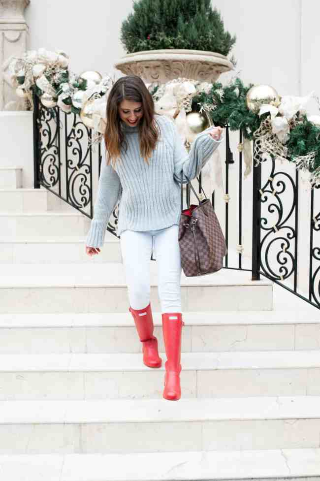 Dress Up Buttercup // A Houston-based fashion travel blog developed to daily inspire your own personal style by Dede Raad | How to Get Into the Christmas Spirit