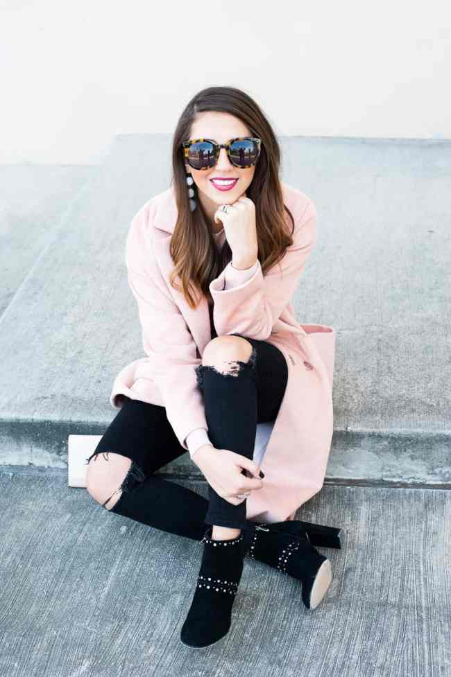 Dress Up Buttercup // A Houston-based fashion travel blog developed to daily inspire your own personal style by Dede Raad | Slouch Coat Pink on Pink