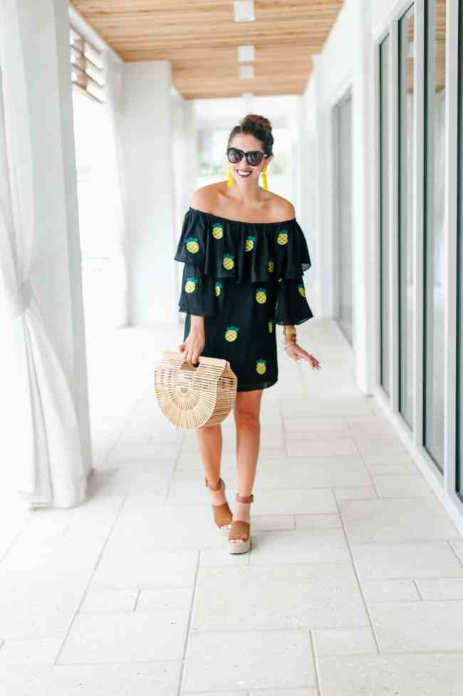 Dede Raad pineapple dress printed #raadstravel