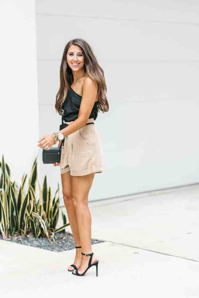 Dress Up Buttercup, Dede Raad, Houston Blogger, fashion blogger, black one shoulder top