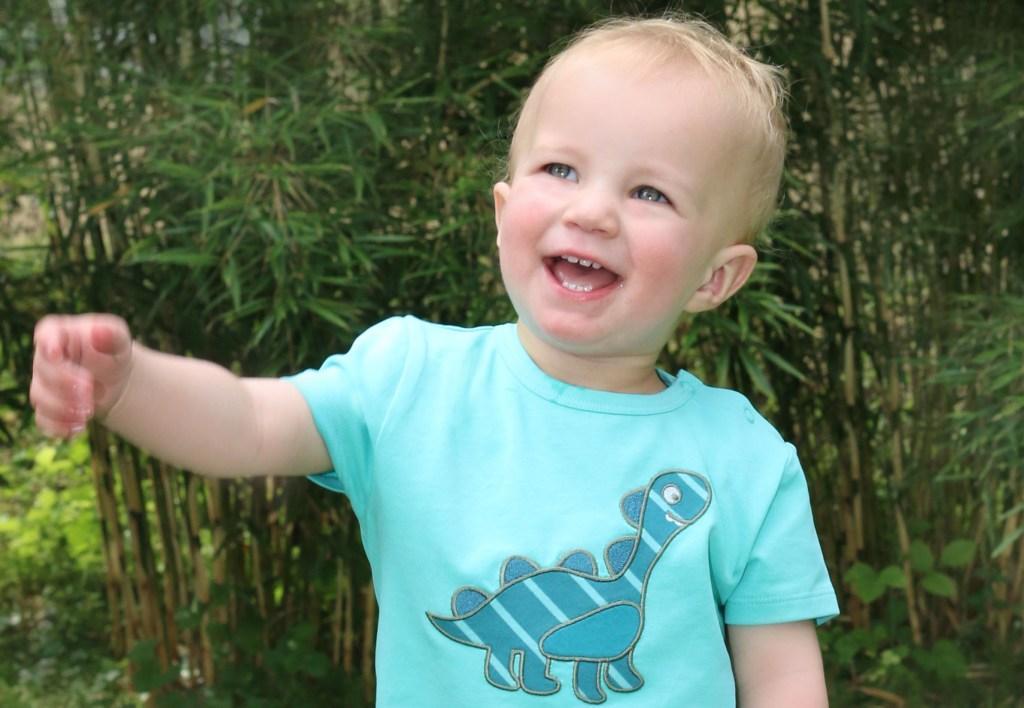Damit ein Kind sich wohlfühlt, muss auch seine Kleidung gut verträglich sein - So finden Eltern die passende Kinderkleidung