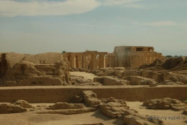 hrobka sahající až do 1100 př.nl nalezená v Egyptě