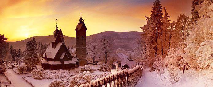 Скандинавский храм Ванг — История