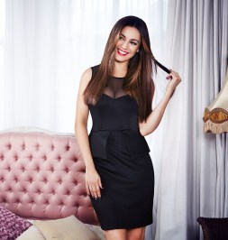 Kelly Brook Designs New Autumn:Winter 2012 Collection [Photos] 005