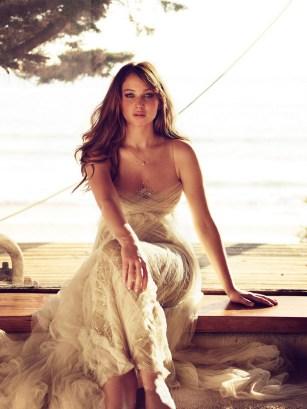 Jennifer Lawrence by Simon Emmett for Glamour UK [Photos] 003