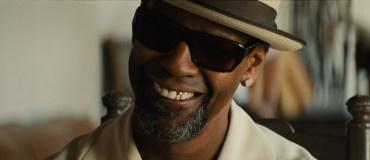 2 Guns Trailer- Denzel Washington and Mark Wahlberg Team Up [Movies] 06