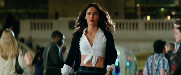 Trailer-for-Teenage-Mutant-Ninja-Turtles-Out-of-the-Shadows-megan-fox