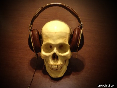 A skull wearing Skullcandy headphones