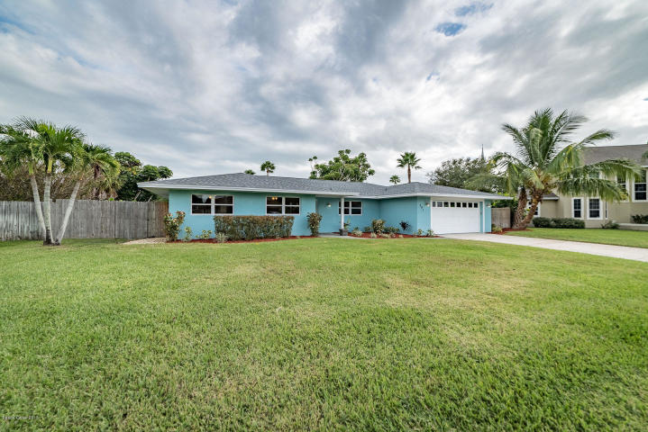 Fully Remodeled 4/2 Pool Home In The Heart Of Melbourne Beach, Pamela Wise