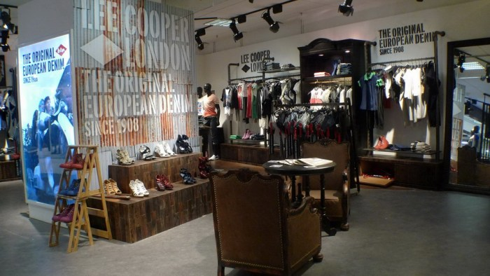 Lee Cooper Beijing LaVita Store :: Shoes Zone
