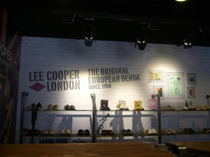 Lee Cooper Beijing Shangjia Outlet :: Inside Graphics